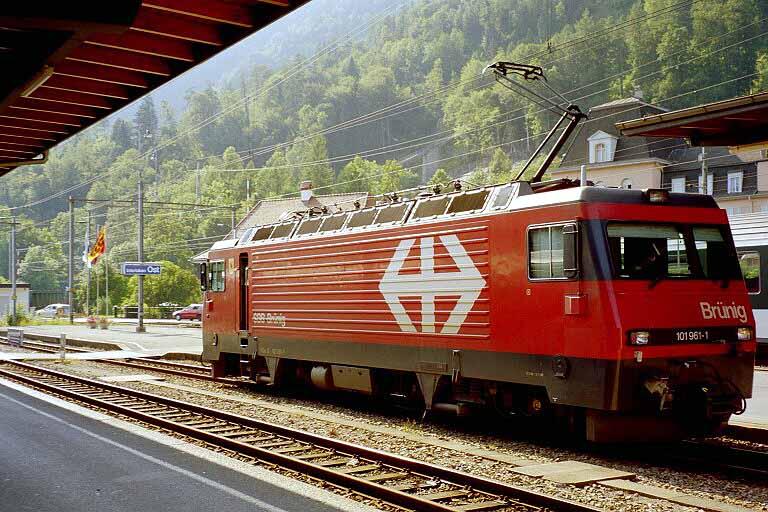 Bruenningbahn-Interlaken2